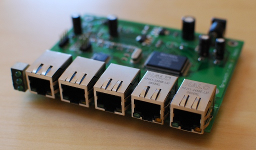 Five Port Fast Ethernet Managed Switch | fabiobaltieri