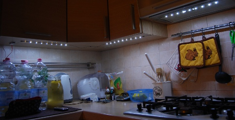 https://fabiobaltieri.files.wordpress.com/2012/02/led_kitchen.jpg
